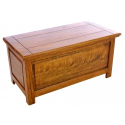 Solid Mango Wood bedding box with hinged lid and hold open catch finished in a honey coloured polished finish