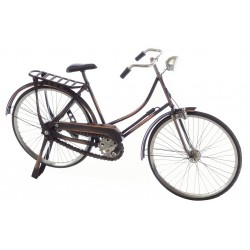 Ornamental ladies bicycle made in metal with full working pedal chain drive amd steering