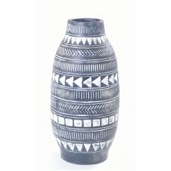 Tall dark vase with a arrow motif in a bellied shape